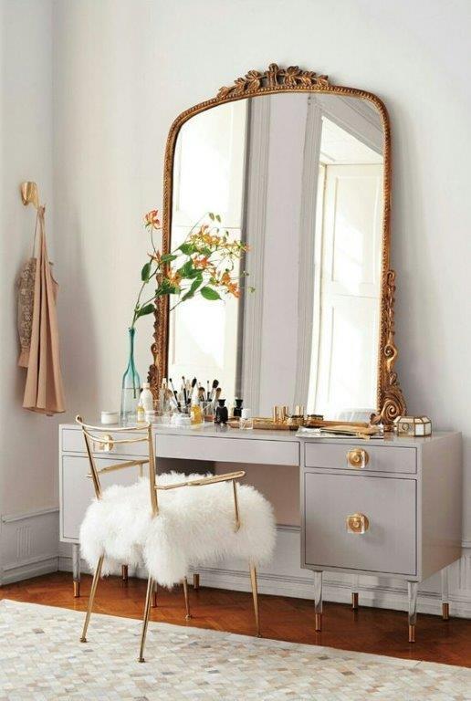 Dressing table - oversized mirror.jpg
