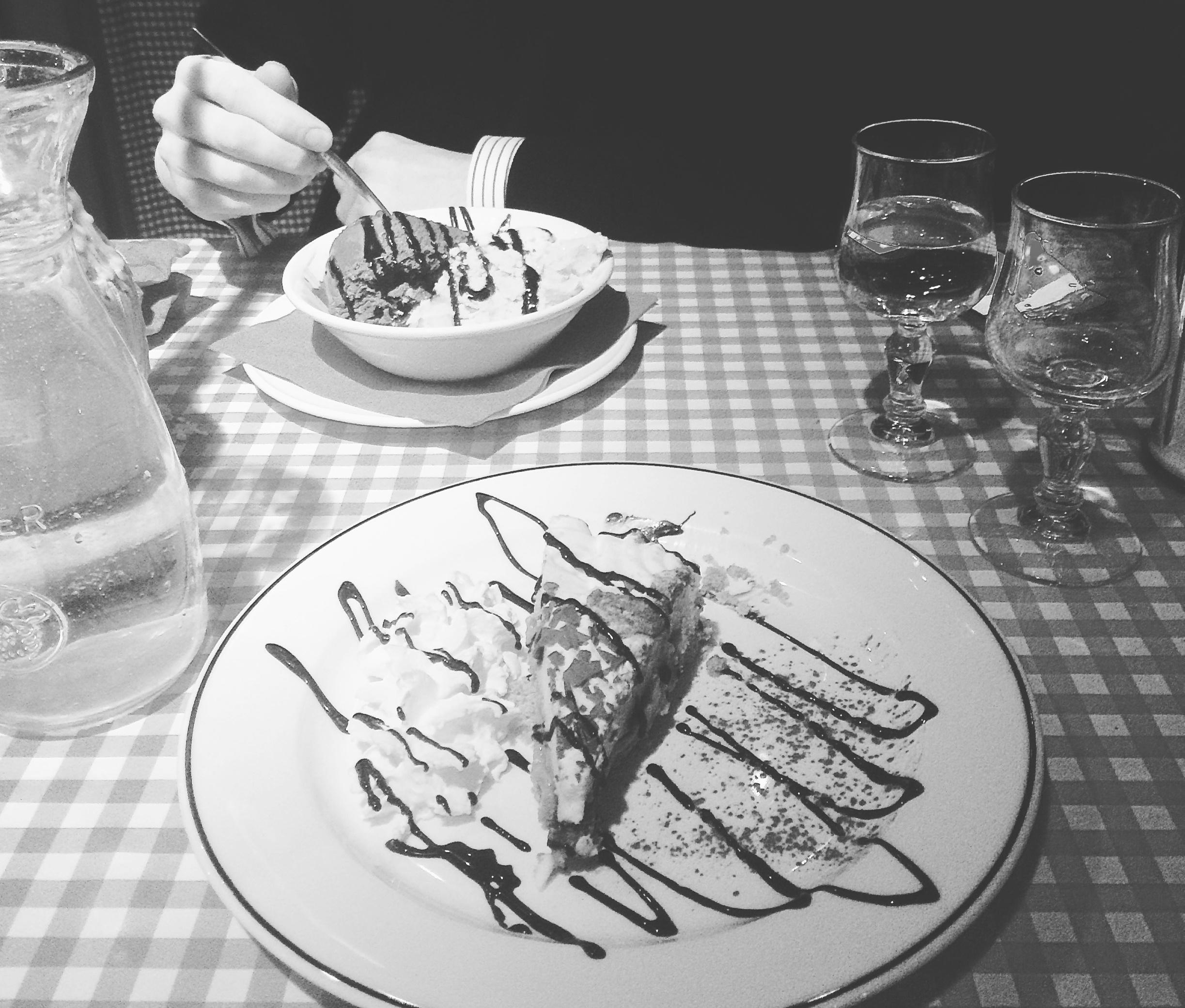 New_love_romantic_Italian_dinner