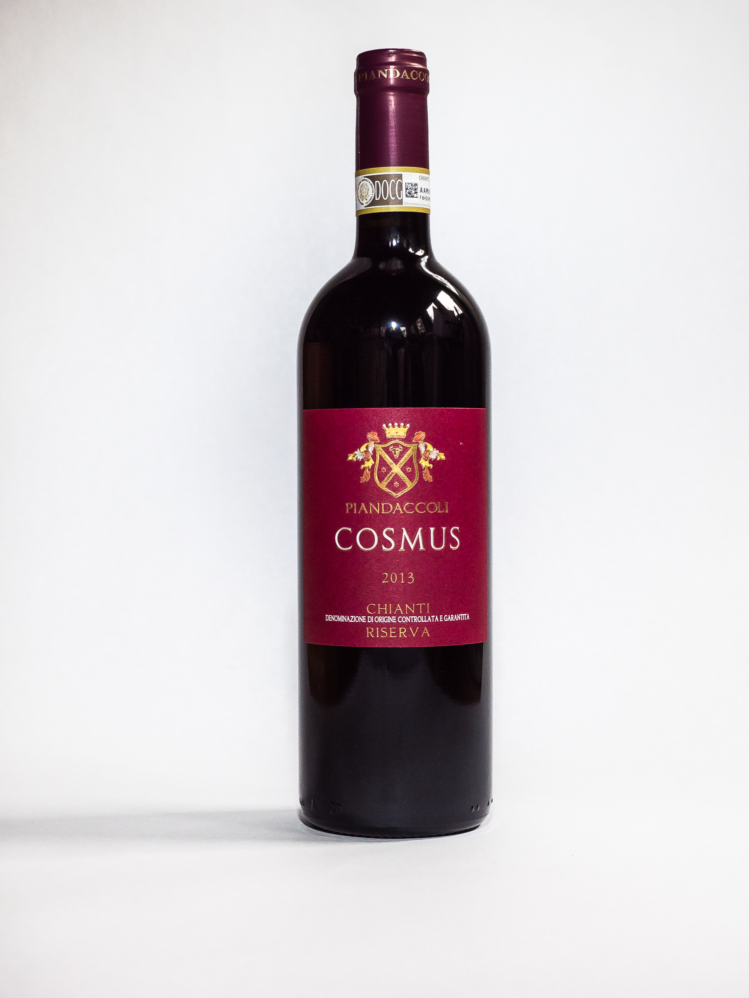 Cosmus Chianti 2013    Producer:   Azienda Agricola Piandaccoli    Region:  Tuscany  Grapes:  Sangiovese 100%  Characteristics:  The initial aroma is rich in cherries, black pepper and nutmeg and develops into delicate notes given by the aging in French barrels. A delicate structure and soft tannins make this wine original, with a well-balanced perception of the alcohol content and a remarkable persistent aroma.