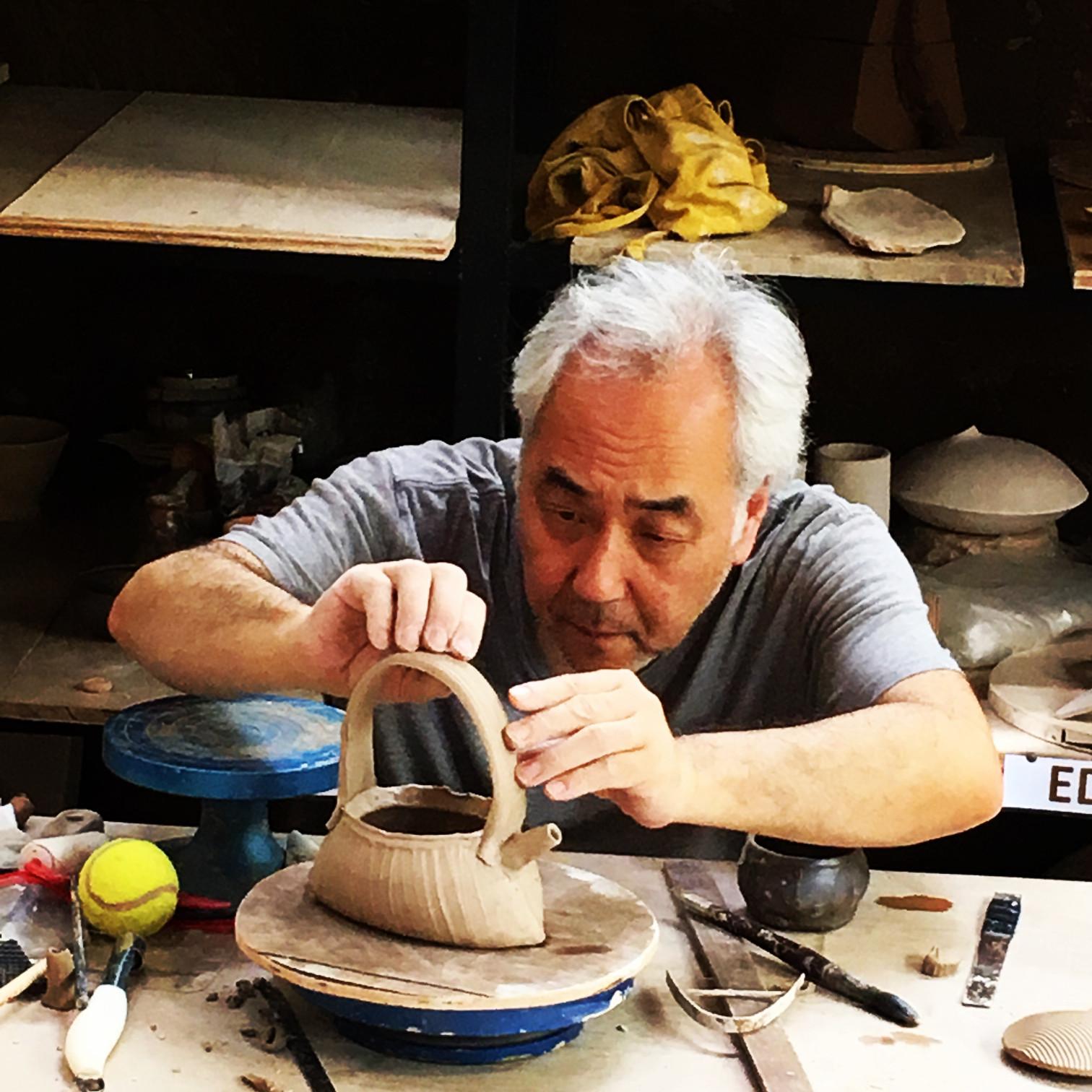 7-gaya-cac-workshops-instructors-akira-satake-teapot.jpg