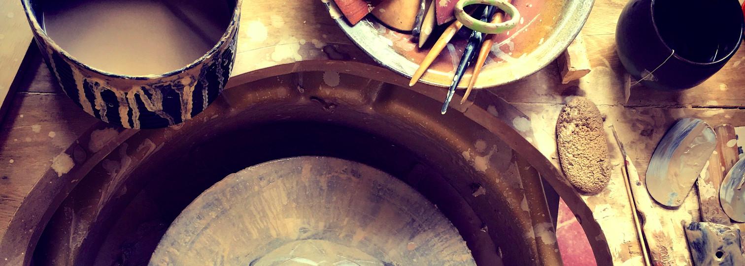 1-gaya-cac-contact-pottery-wheel.jpg