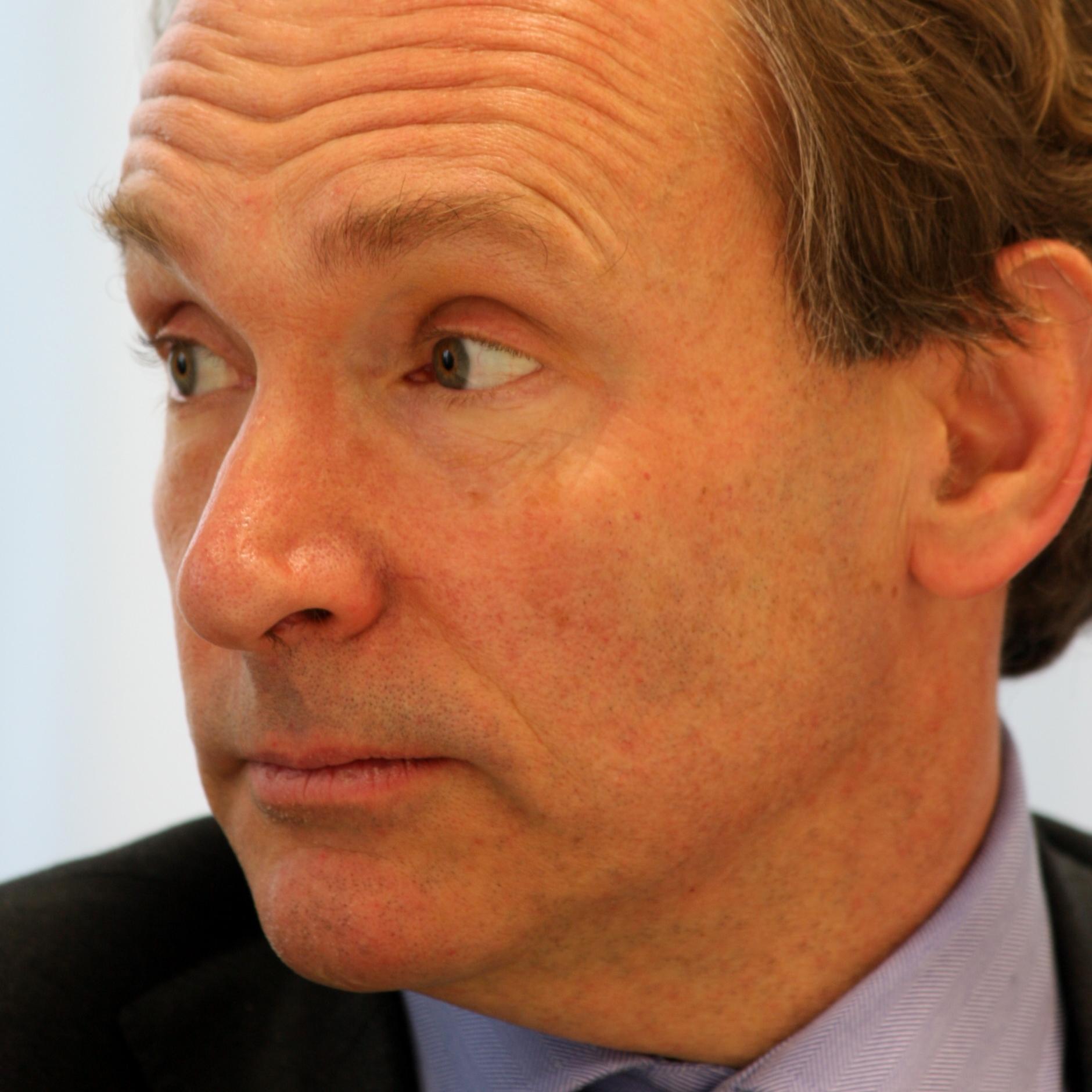 Tim_Berners-Lee_closeup.jpg