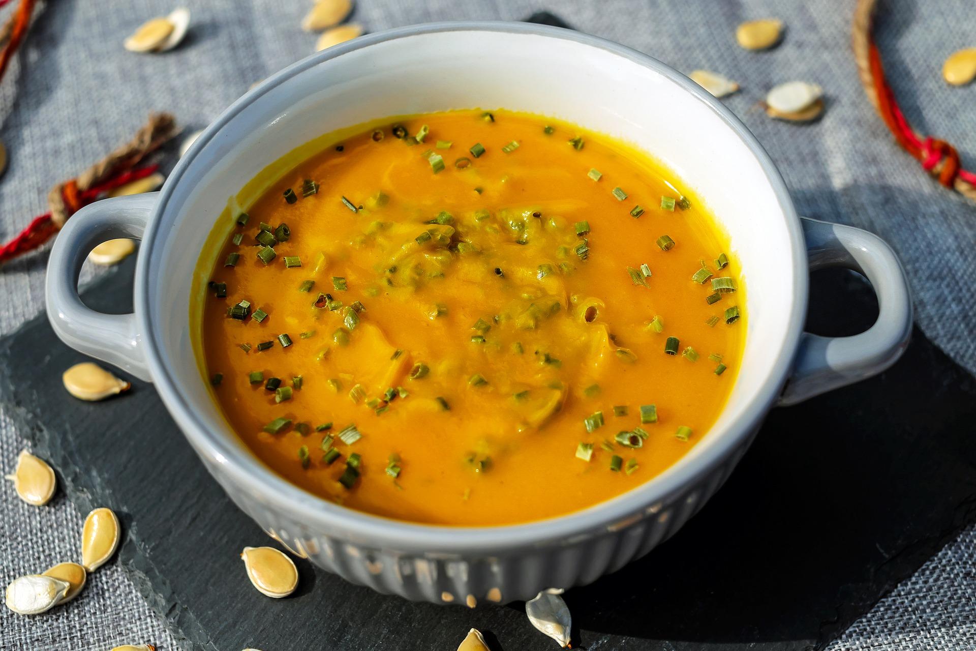 pumpkin-soup-1685574_1920.jpg
