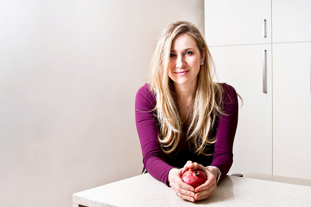 Dana Filatova, DCN, CNS, LDN, CISSN   Source: Foroutan, Robin. ZEN and the Art of Mindful Eating. Food & Nutrition May/June 2013 (pp. 12-13)
