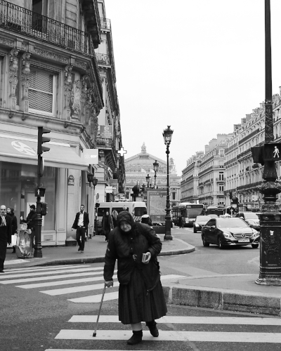 Old woman on the Avenue de l'Opera, December 2015