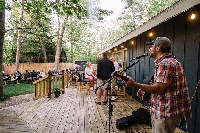 Join us tomorrow, July 21, 7 to 9 pm in the backyard, for a special live performance from Andre Villoch. Bring a picnic and relax to one of the best live musicians in Northern Michigan. 🎶🥂