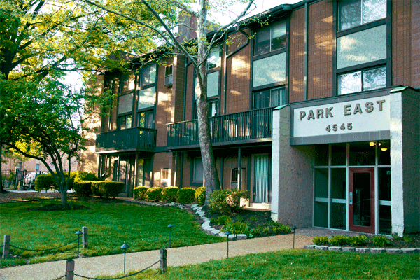 Park East Apartment Central West End