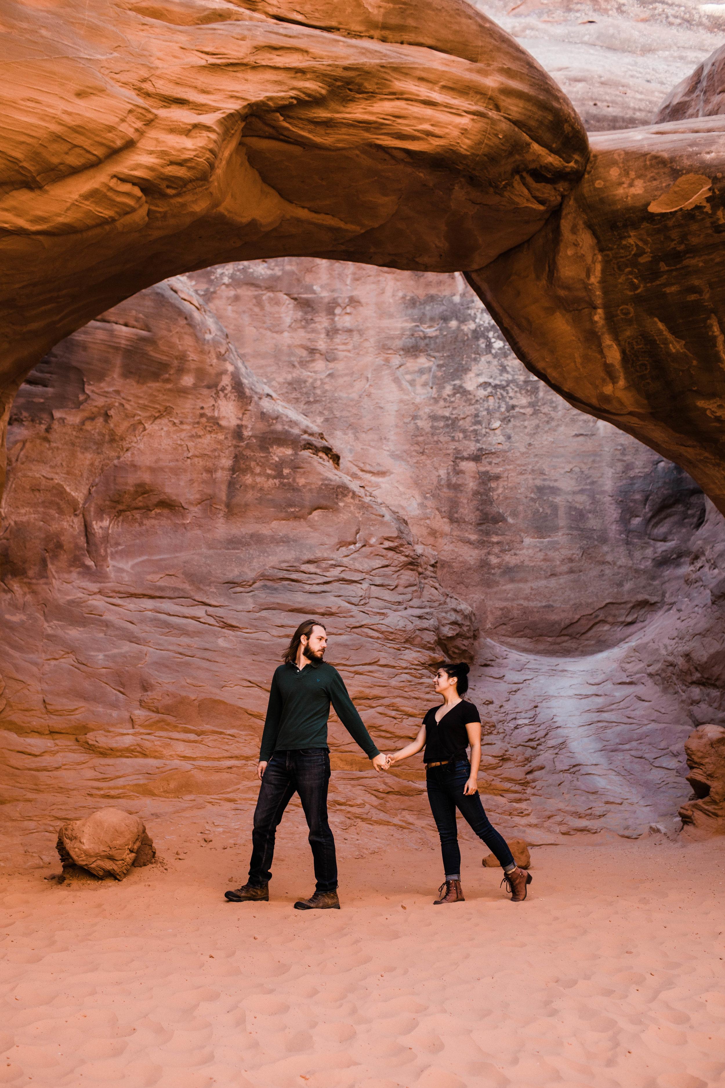 Wandering in Moab | Best adventure elopement photographers