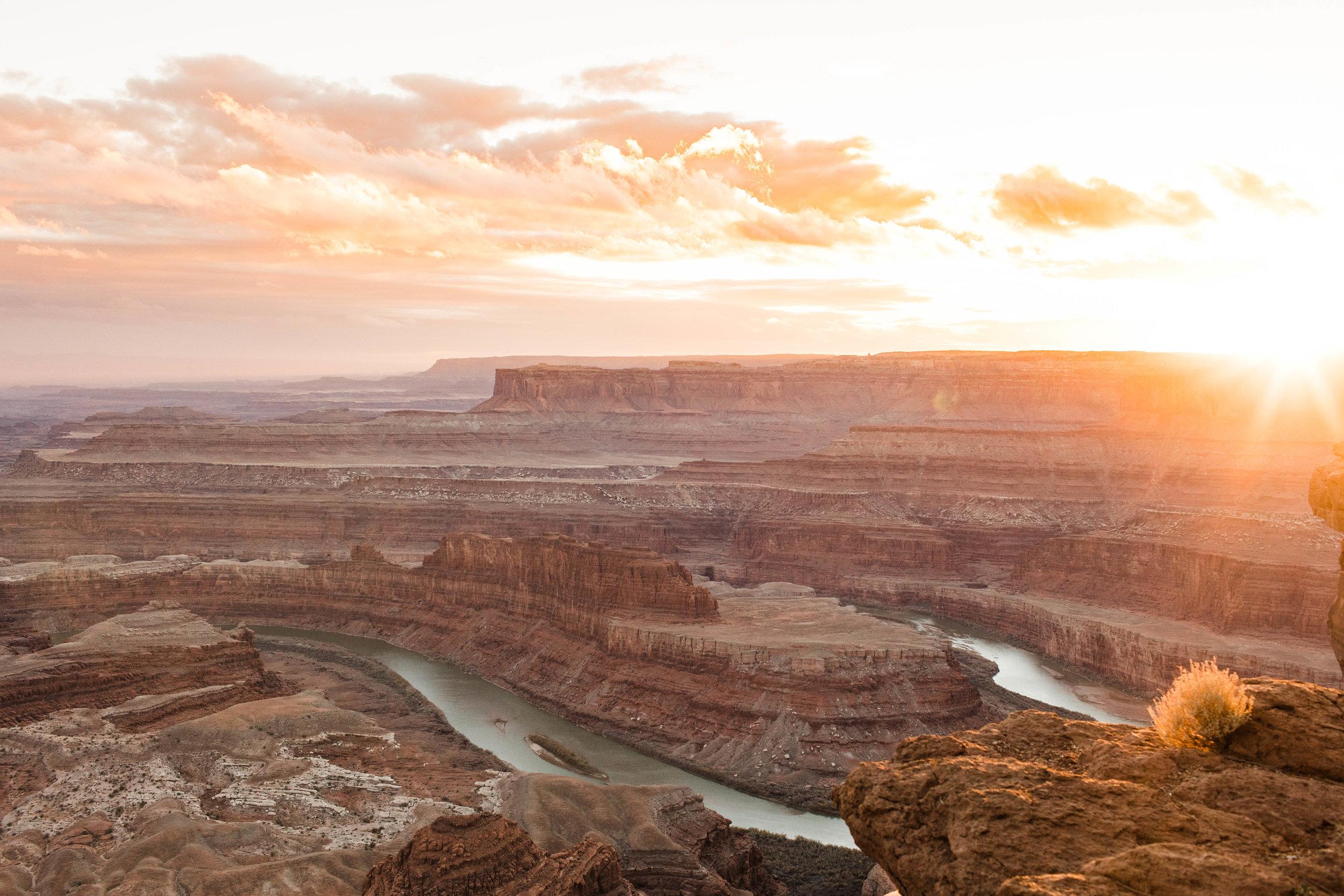 Sheena_Shahangian_Photography_Black_Canyon_Colorado_Moab_Utah_Adventure_Session_Road_Trip_Sheena_Ed-63.jpg