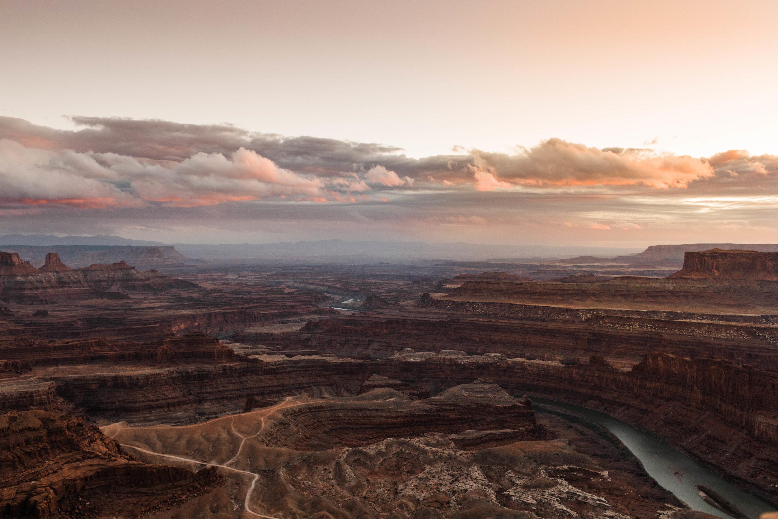Sheena_Shahangian_Photography_Black_Canyon_Colorado_Moab_Utah_Adventure_Session_Road_Trip_Sheena_Ed-80.jpg