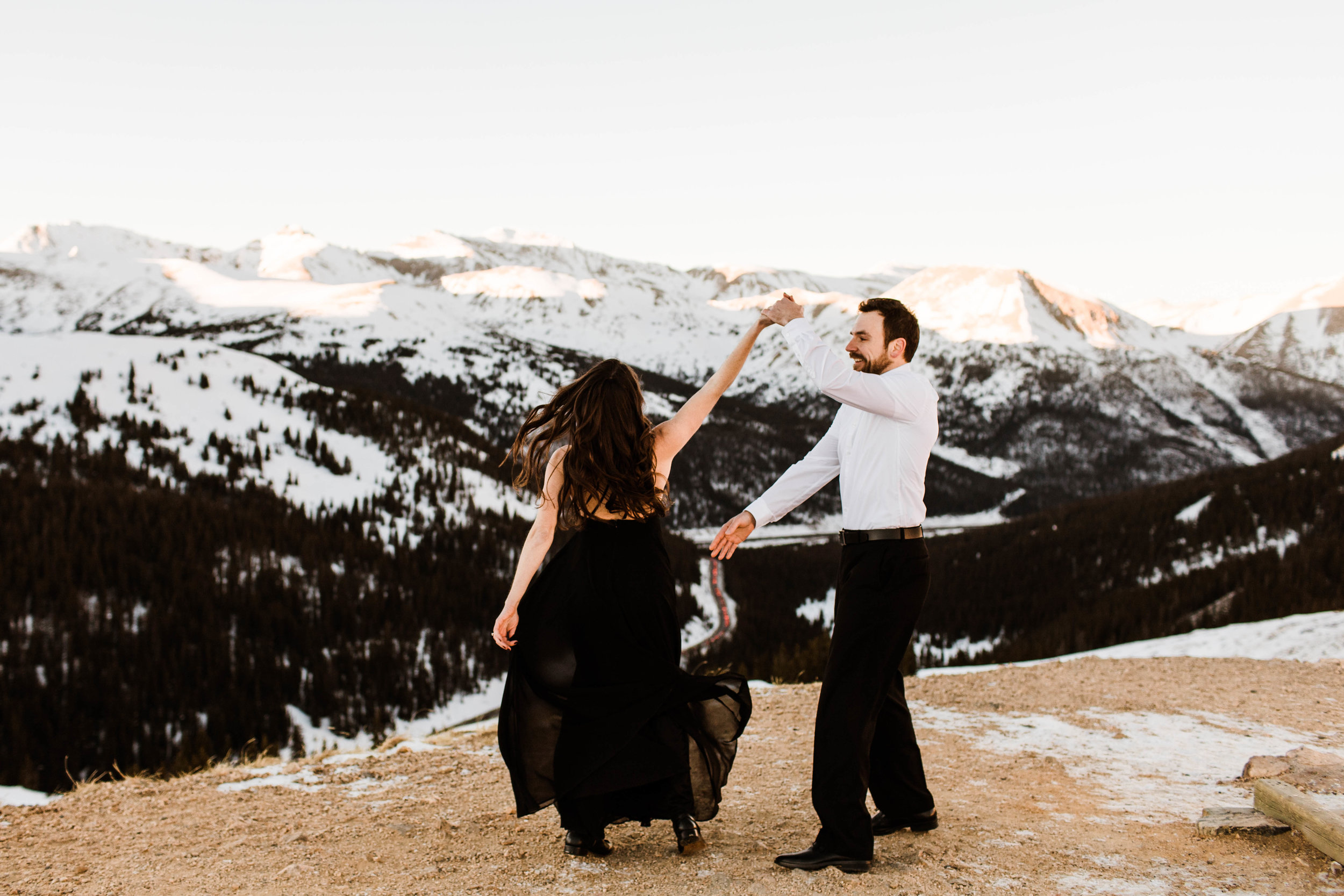 First dance in the snow | Colorado Elopement Photography