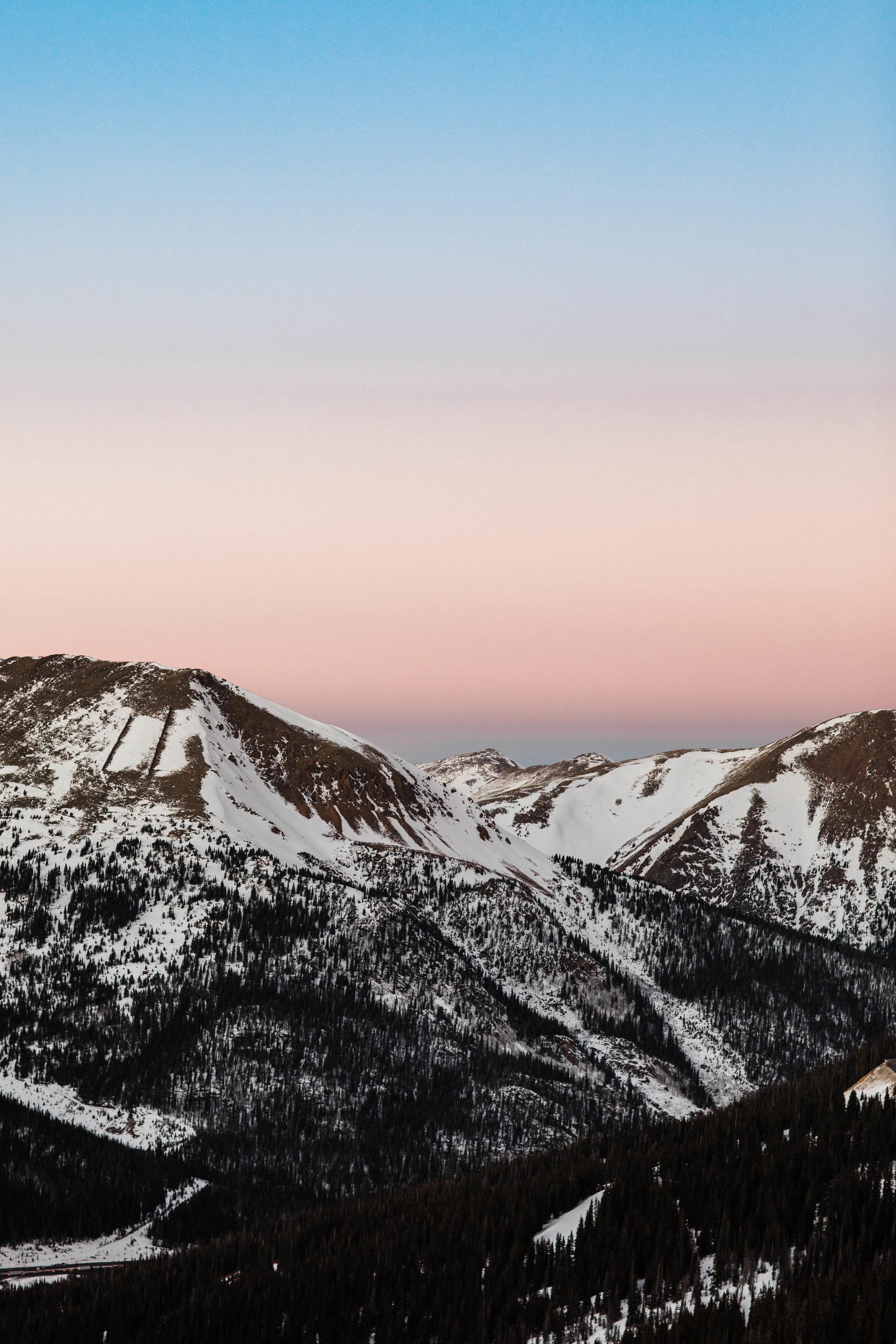 Rocky Mountain sunset engagement photos   Colorado Adventure Wedding Photography