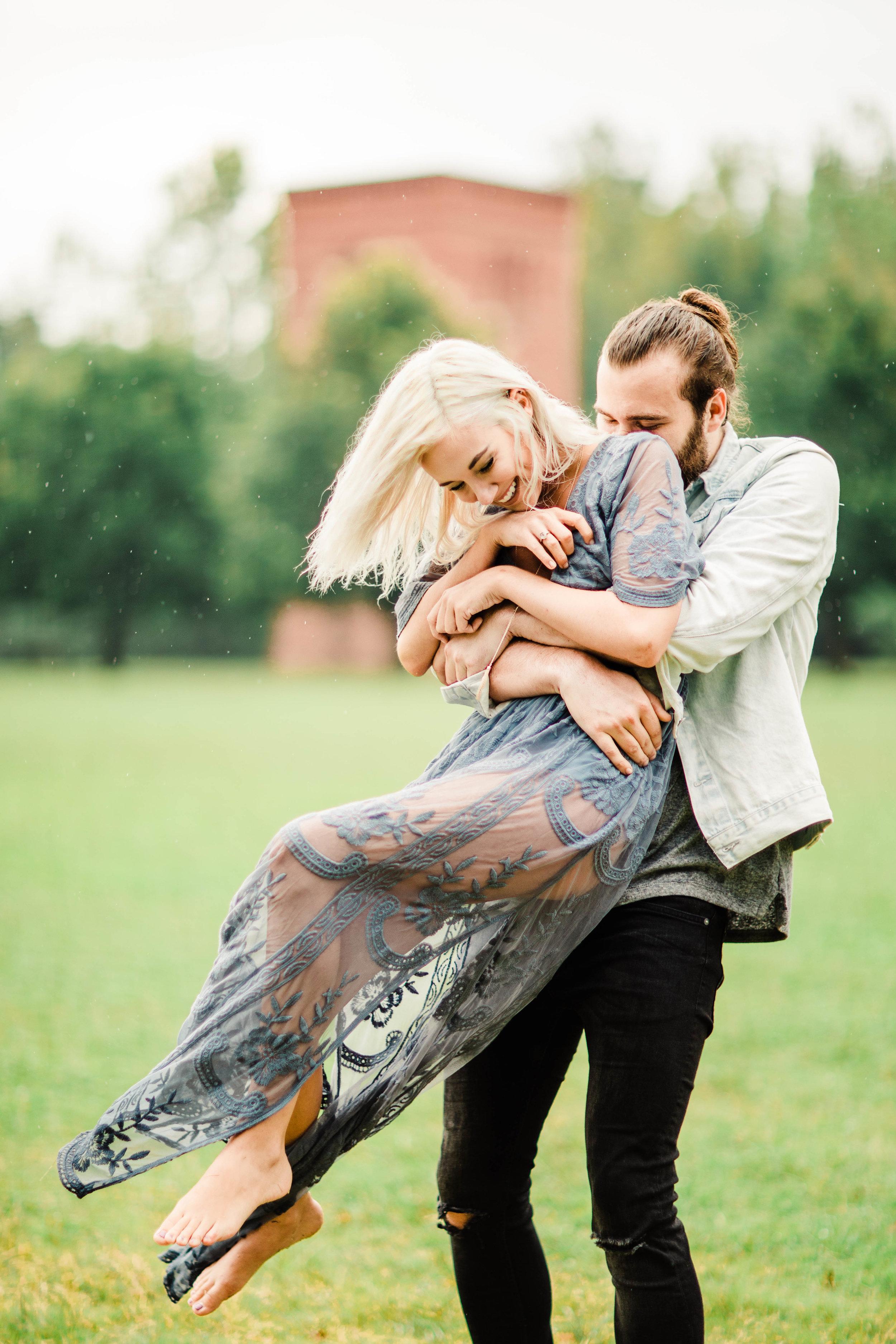 Asheville Engagement Session   Best North Carolina Adventure Wedding Photographers