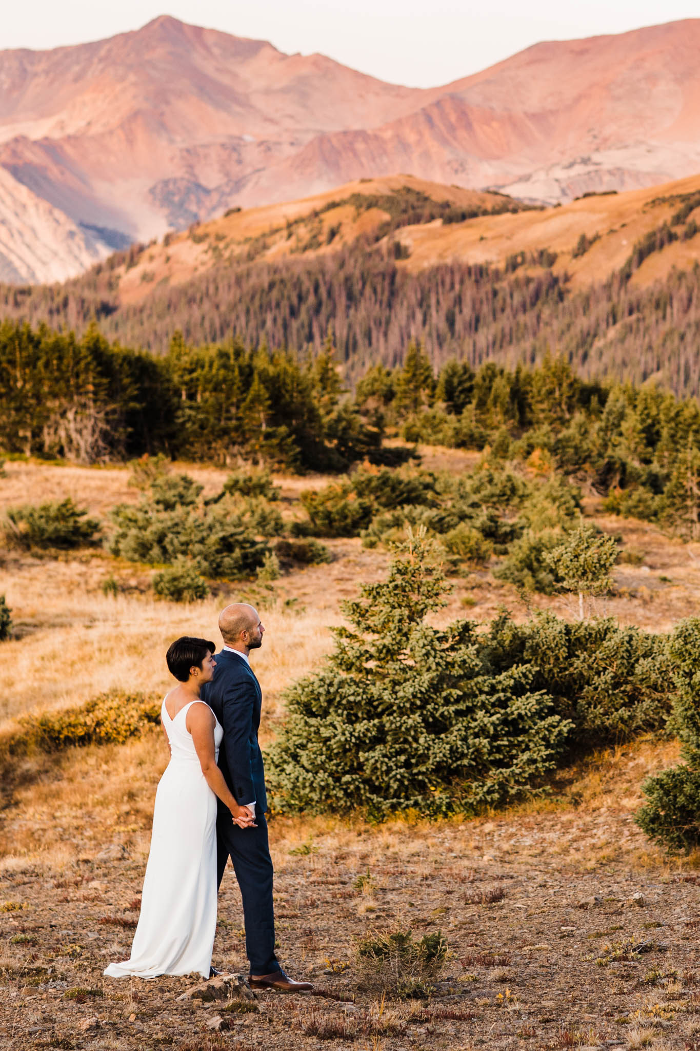 mountain adventure session in Colorado | Best Colorado wedding photographers