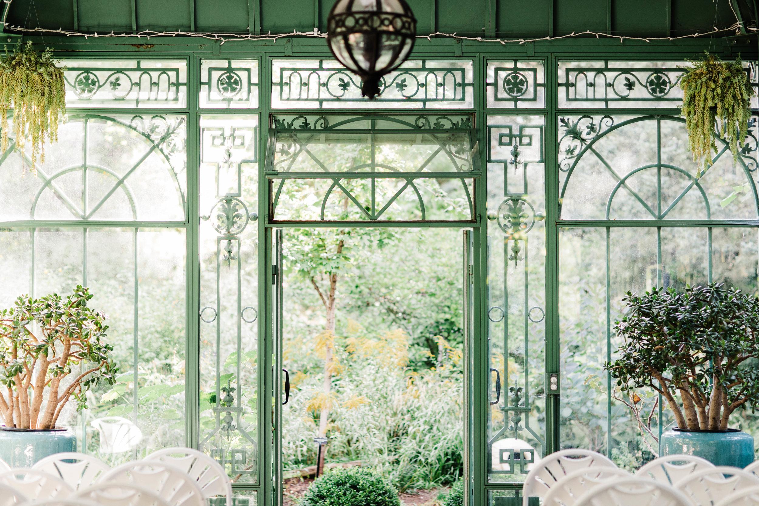 Top 20 wedding venues in Colorado | Denver Botanic Gardens | Colorado Rocky Mountain wedding photographers