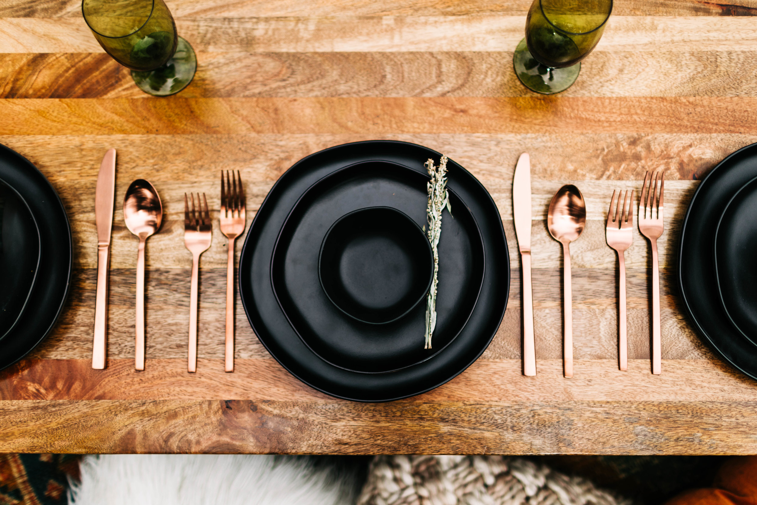table settings for a mountain wedding | best Rocky Mountain intimate wedding photographers