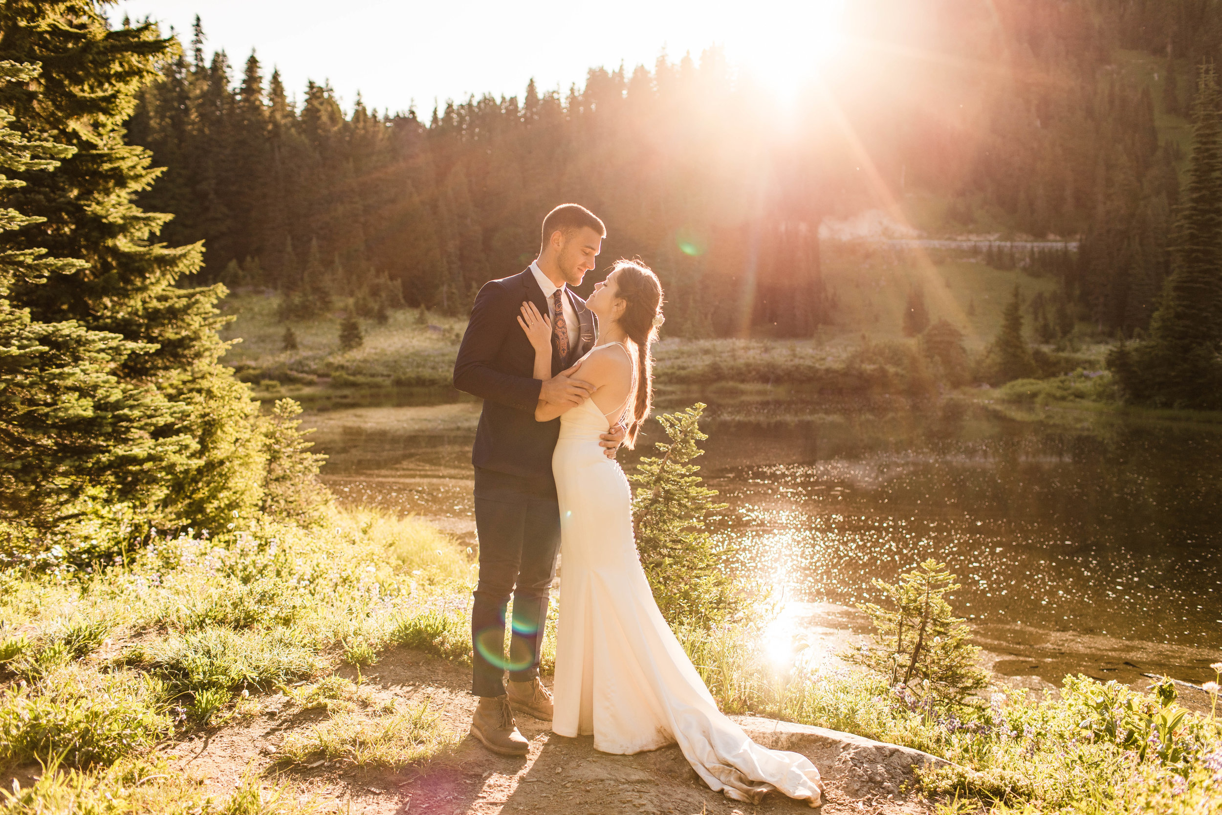 Mt Rainier National Park elopement photos in Washington state | Seattle adventure wedding and elopement photographers