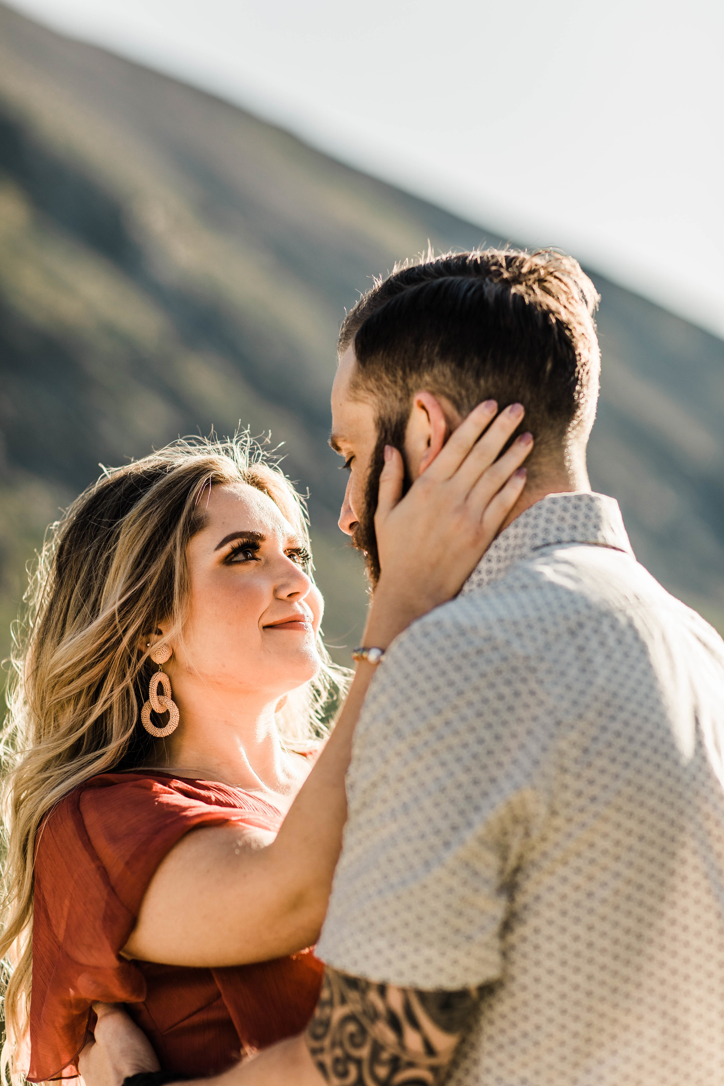 mountainside elopement style Rocky Mountain adventure photo session in Breckenridge Colorado