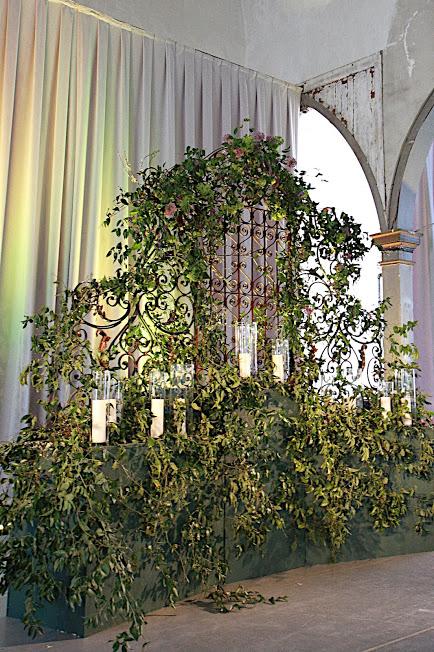 altar moh.jpg