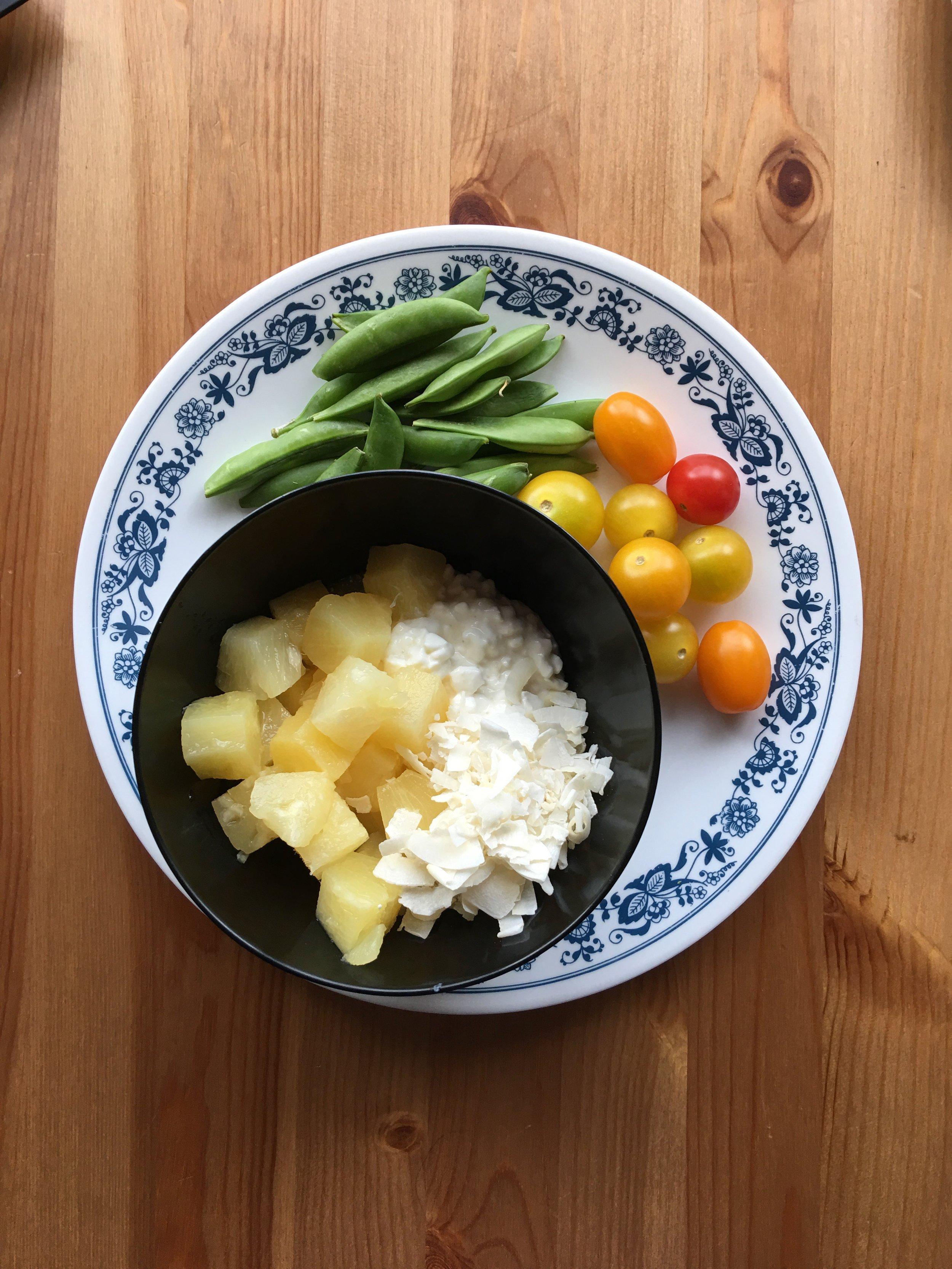 PROTEIN: 4 OZ COTTAGE CHEESE / FRUIT: 6 OZ PINEAPPLE / VEGGIE: 6 OZ SNAP PEAS & TOMATO / FAT: 0.5 OZ SHREDDED COCONUT
