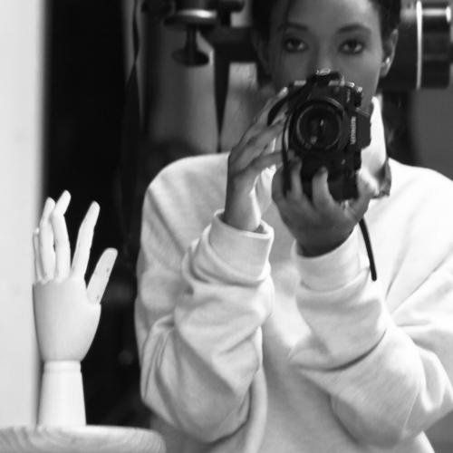 Fanta Kaba - ARTISTE PHOTOGRAPHEFanta Kaba est née en 1987 à Paris, où elle vit et travaille. Diplômée de l'université Paris Dauphine, elle commence sa carrière dans l'univers de la Finance avant de se consacrer également à la photographie (Master européen de photographie professionnelle, Spéos Photographic Institute, 2017).    96      Normal 0   21   false false false  FR X-NONE X-NONE                                                                                                                                                                                                                                                                                                                                                                                                                                                   /* Style Definitions */ table.MsoNormalTable {mso-style-name: