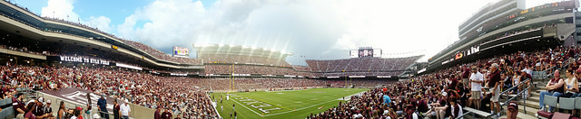 Note that I have never actually been to Kyle Field. Or anywhere in Texas for that matter. Photo credit:  https://www.flickr.com/photos/eschipul/14989672628
