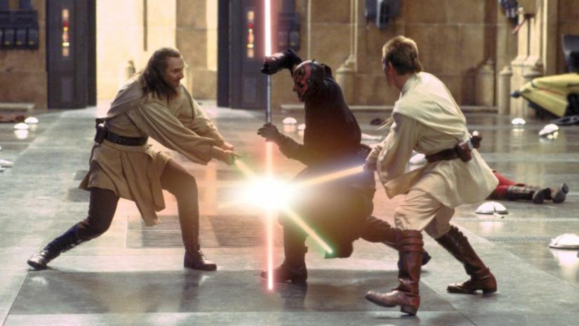 star-wars-the-phantom-menace-lightsaber-duel.jpg