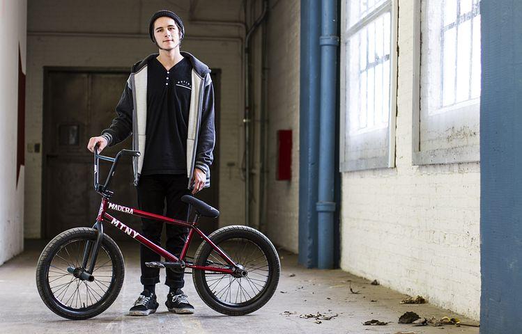 bikes-1205279__480.jpg
