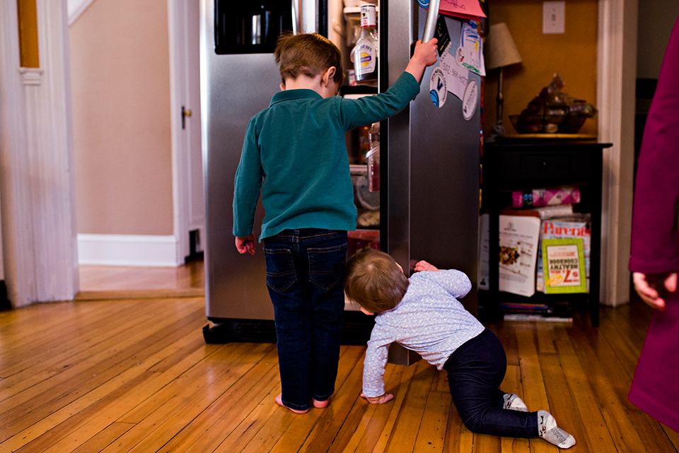 children peeking into open fridge west hartford connecticut family documentary photography