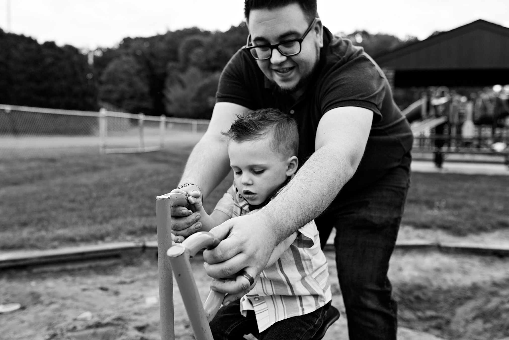 dad playing with son in sandbox documentary family photography ct