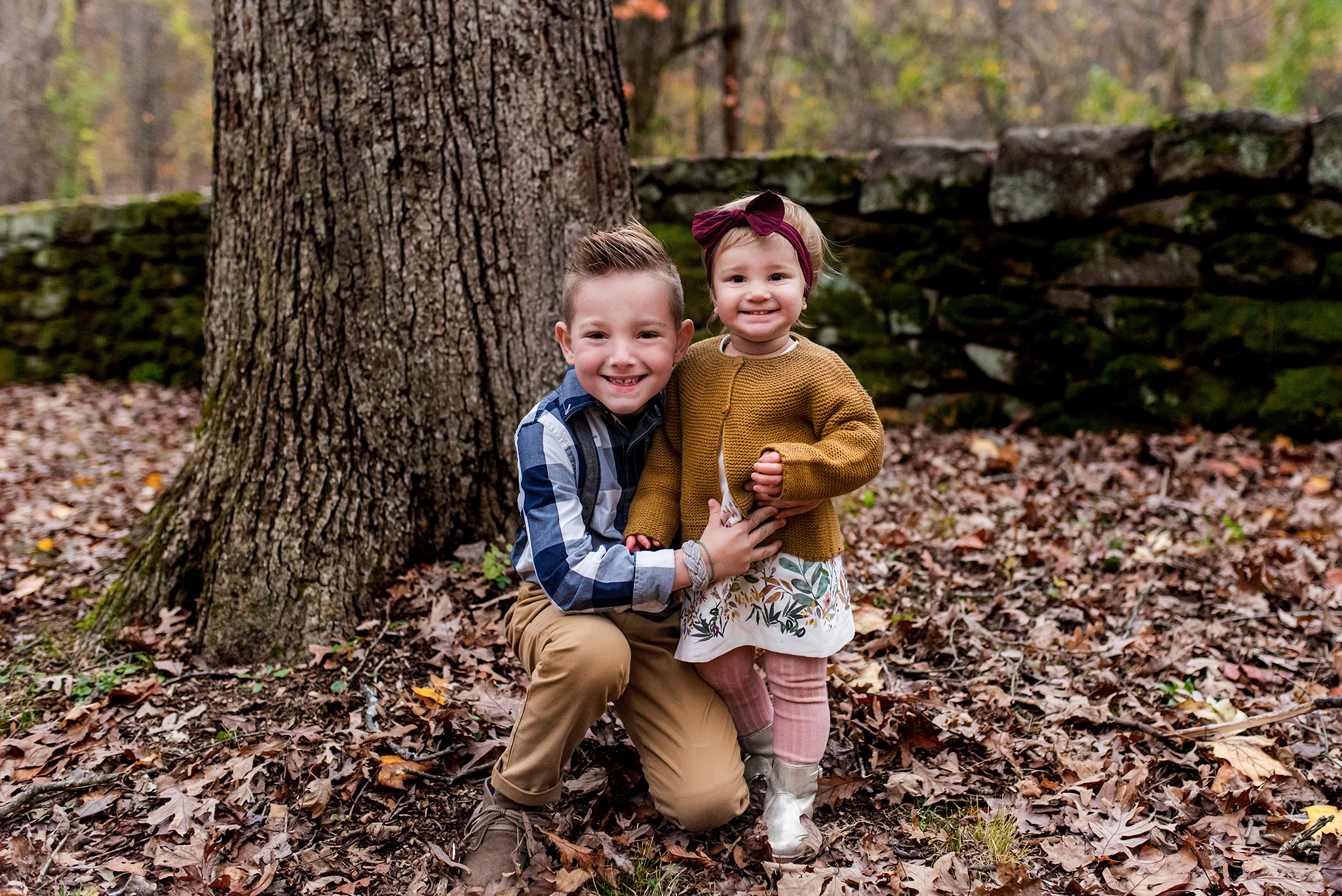 brother and sister sibling photography. ct family photographer