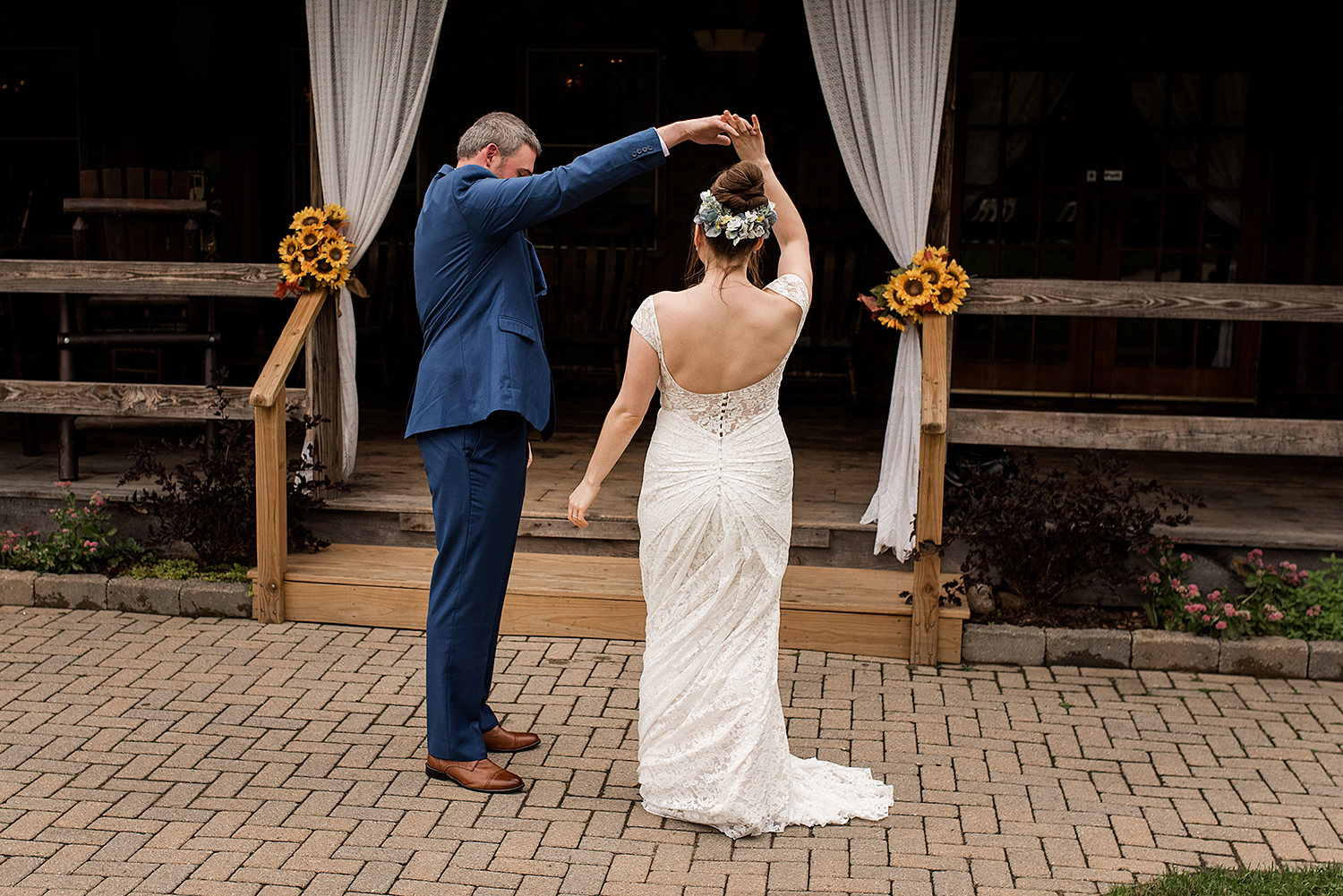 bride and groom dancing at their wedding in central connecticut, with ct wedding photographer Rebecca Lynne
