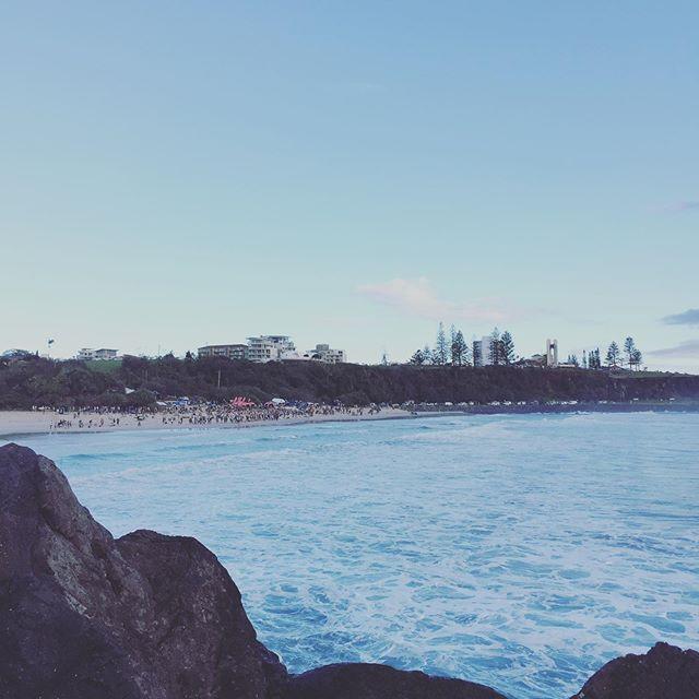 #quiksilverpro #nexostm #jeepoverland #beach #surfing