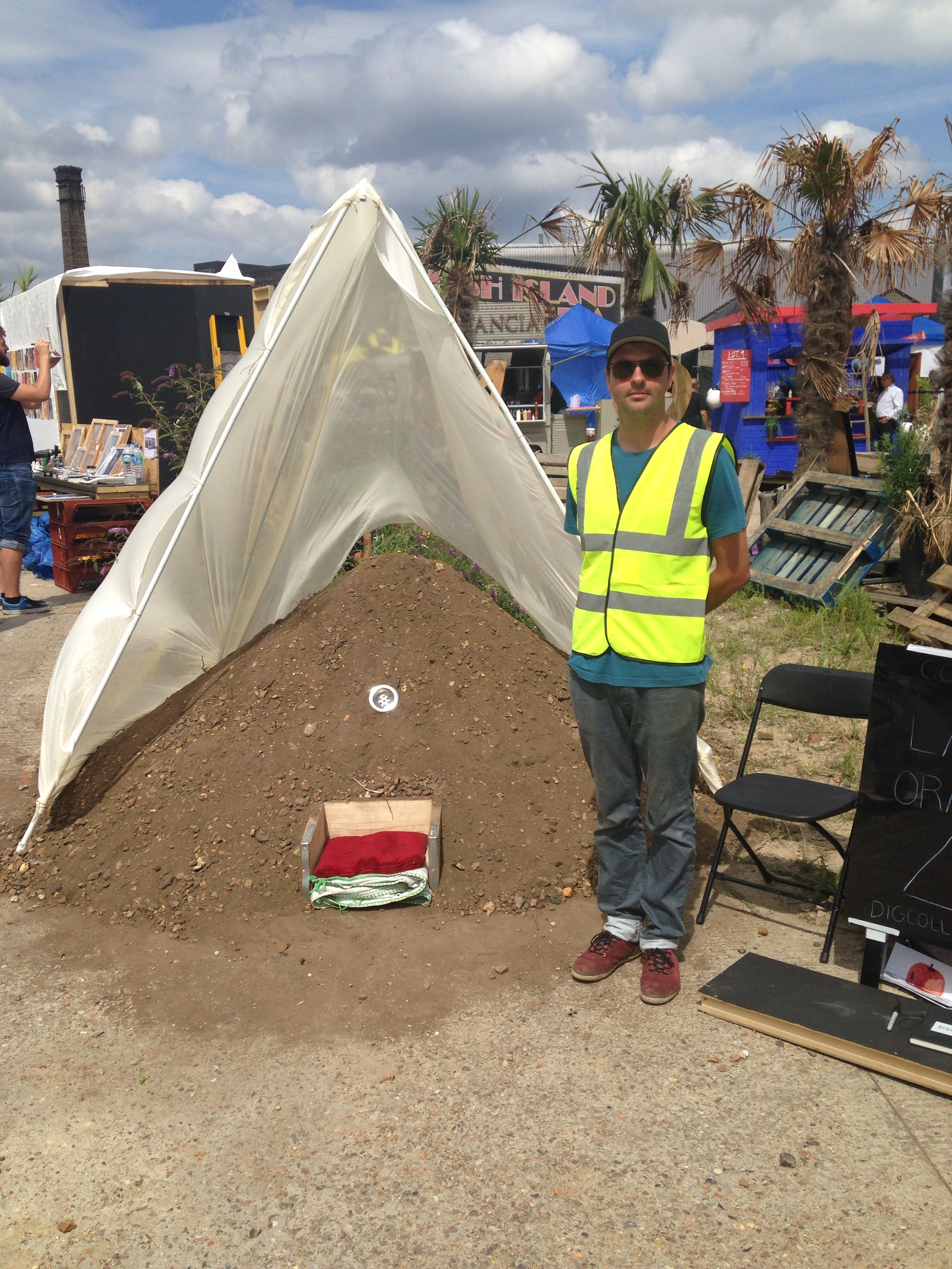 Dig Collective at Hackney Wick Art Festival giving a voice to soil from the hole.