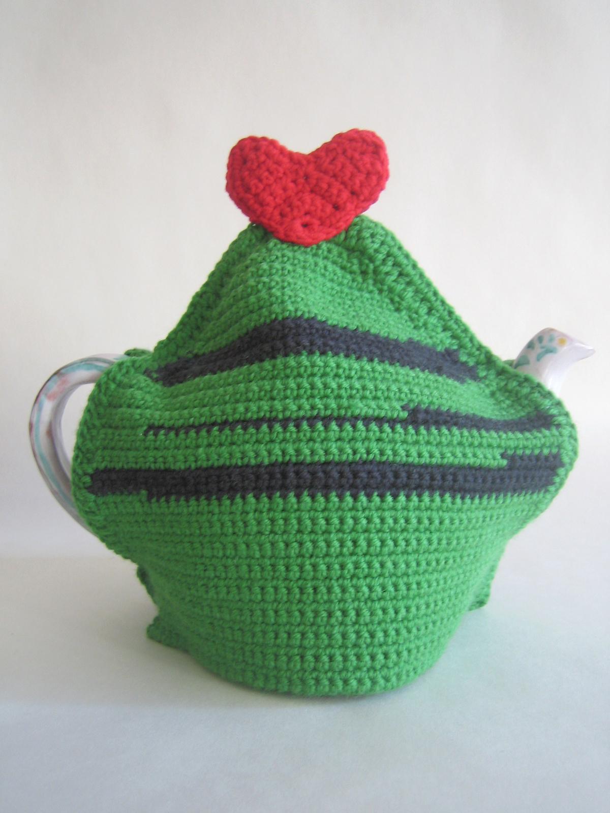 •heart tea cosy.jpg