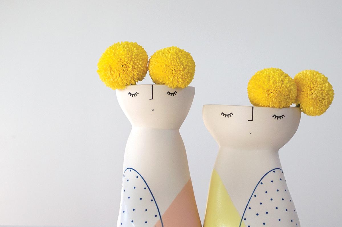 Lanky & Curvy Vase Peeps