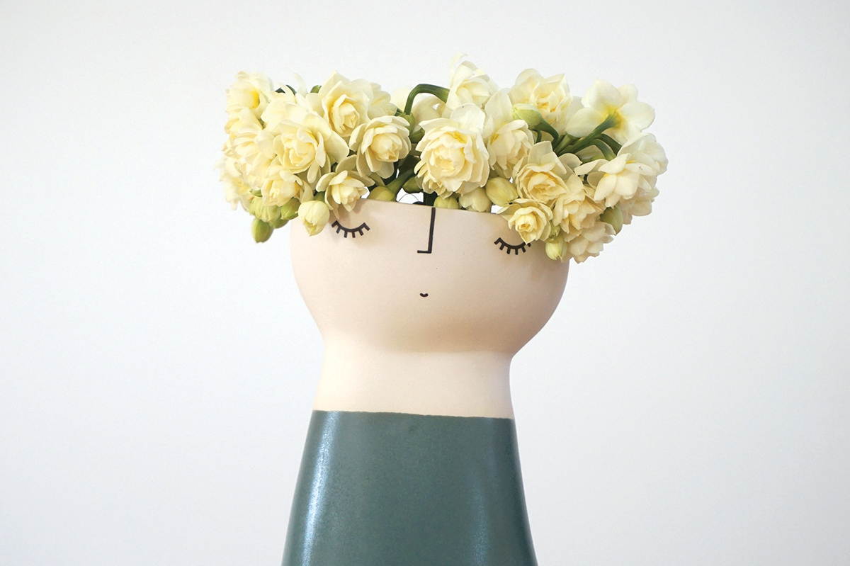 Original Miss Forest Vase Peep