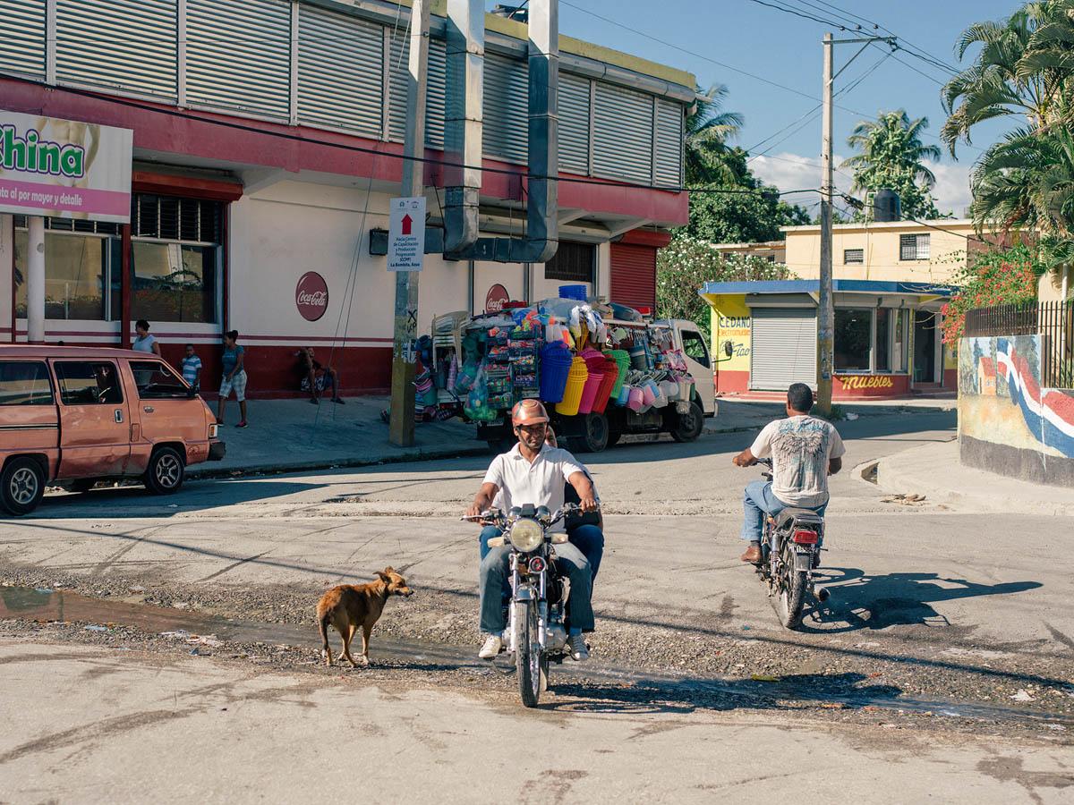 Streets of Baní.