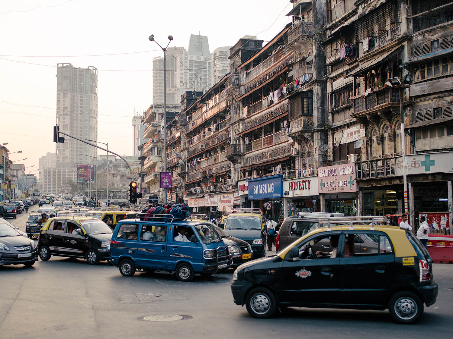 Traffic in India: Chaotic and crazy.