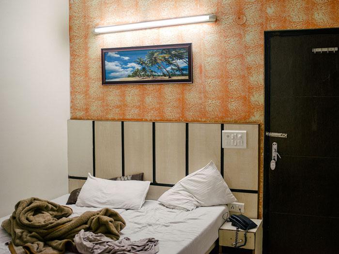 Budget hotel room in Delhi.
