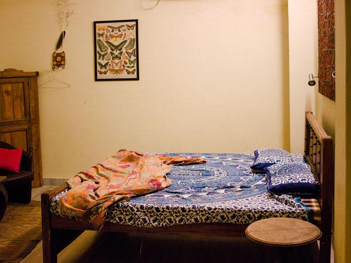 Jodhpur guesthouse room.
