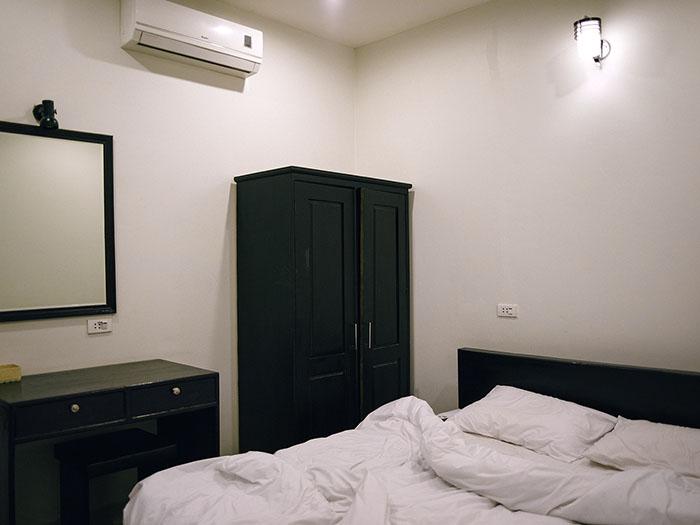 Pakse Hotel Room.