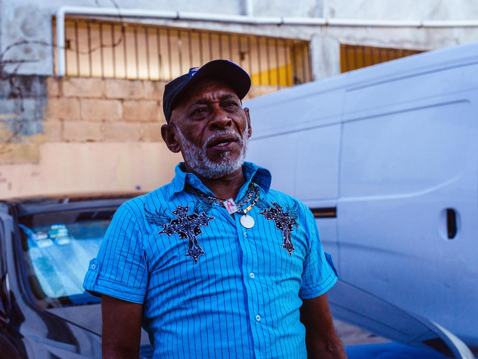 joris-hermans-street-photography-santo-domingo-man.jpg
