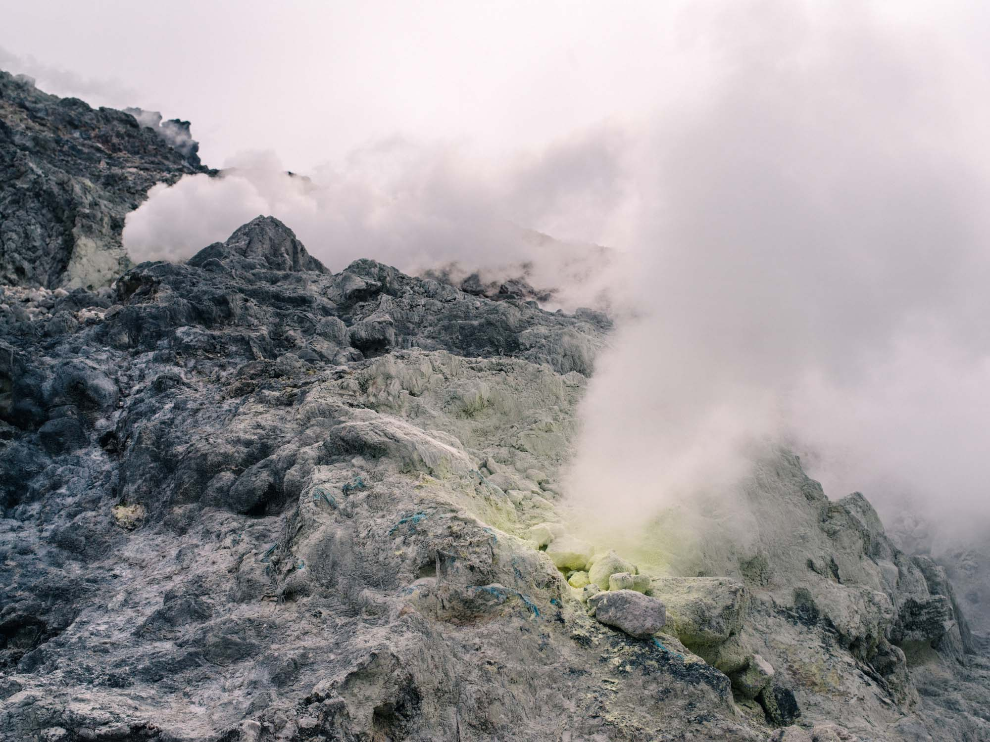 hike-mount-sibayak-steam-vents-02.jpg