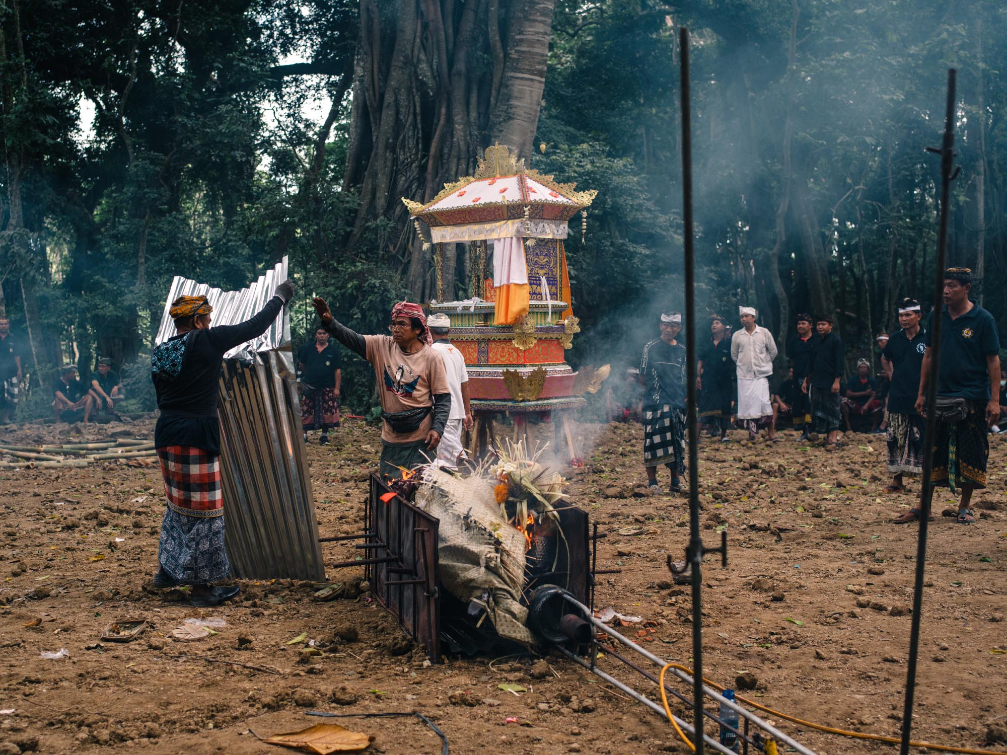 traditional-balinese-cremation-ubud-preparation.jpg