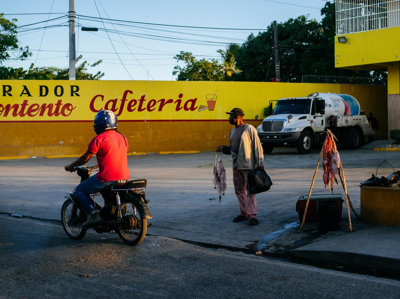 joris-hermans-street-photography-dominican-republic.jpg