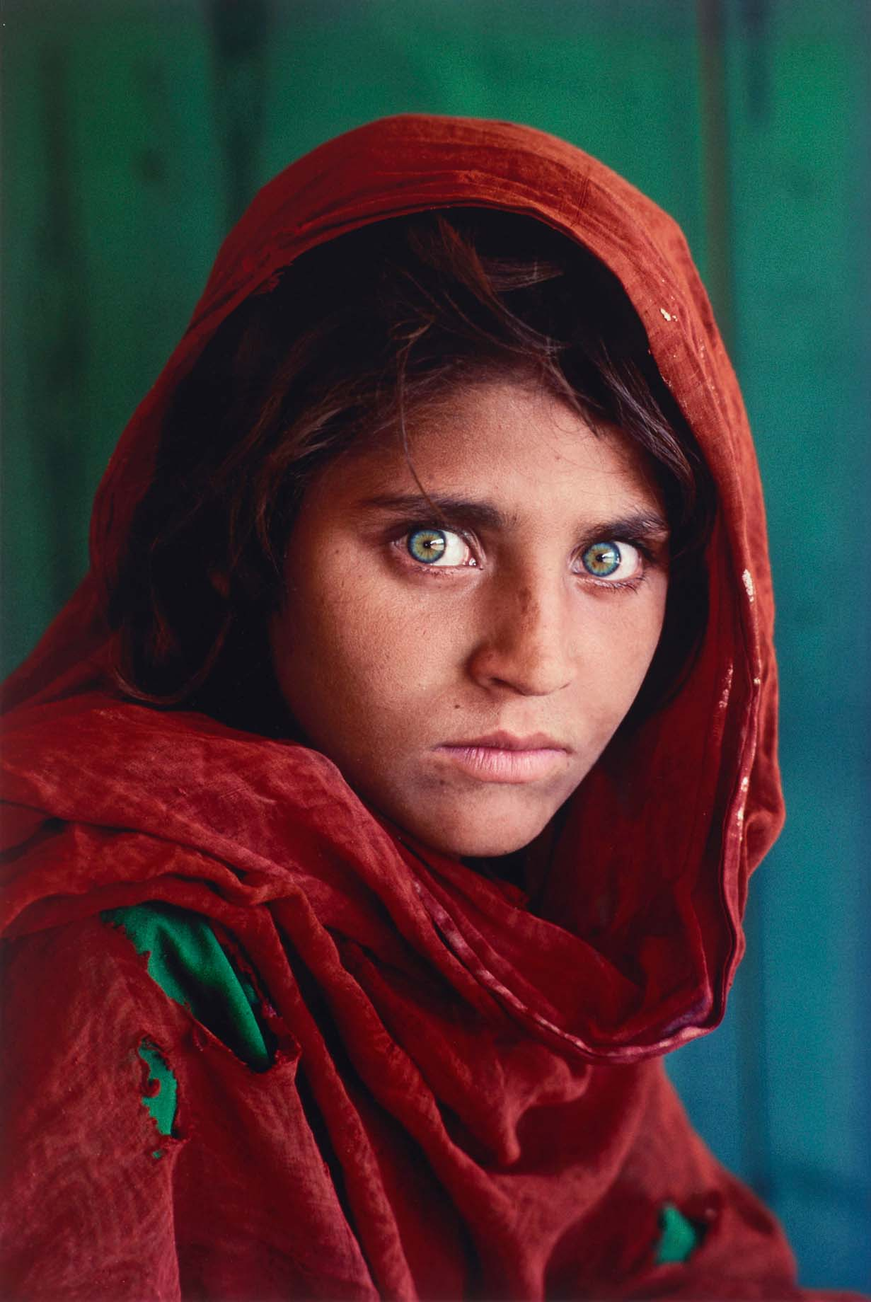 learn-from-the-masters-steve-mccurry-afghan-girl.jpg