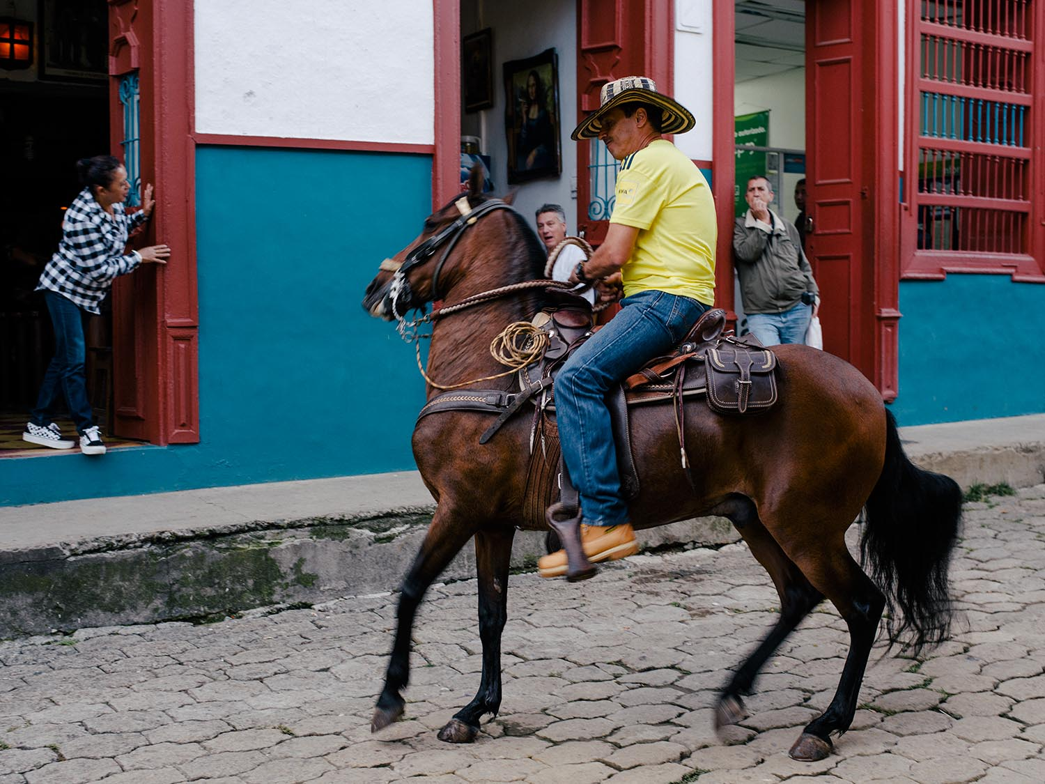 Both towns are all about horses, cowboy hats and relaxing…