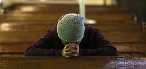 praying-in-church-in-india.jpg