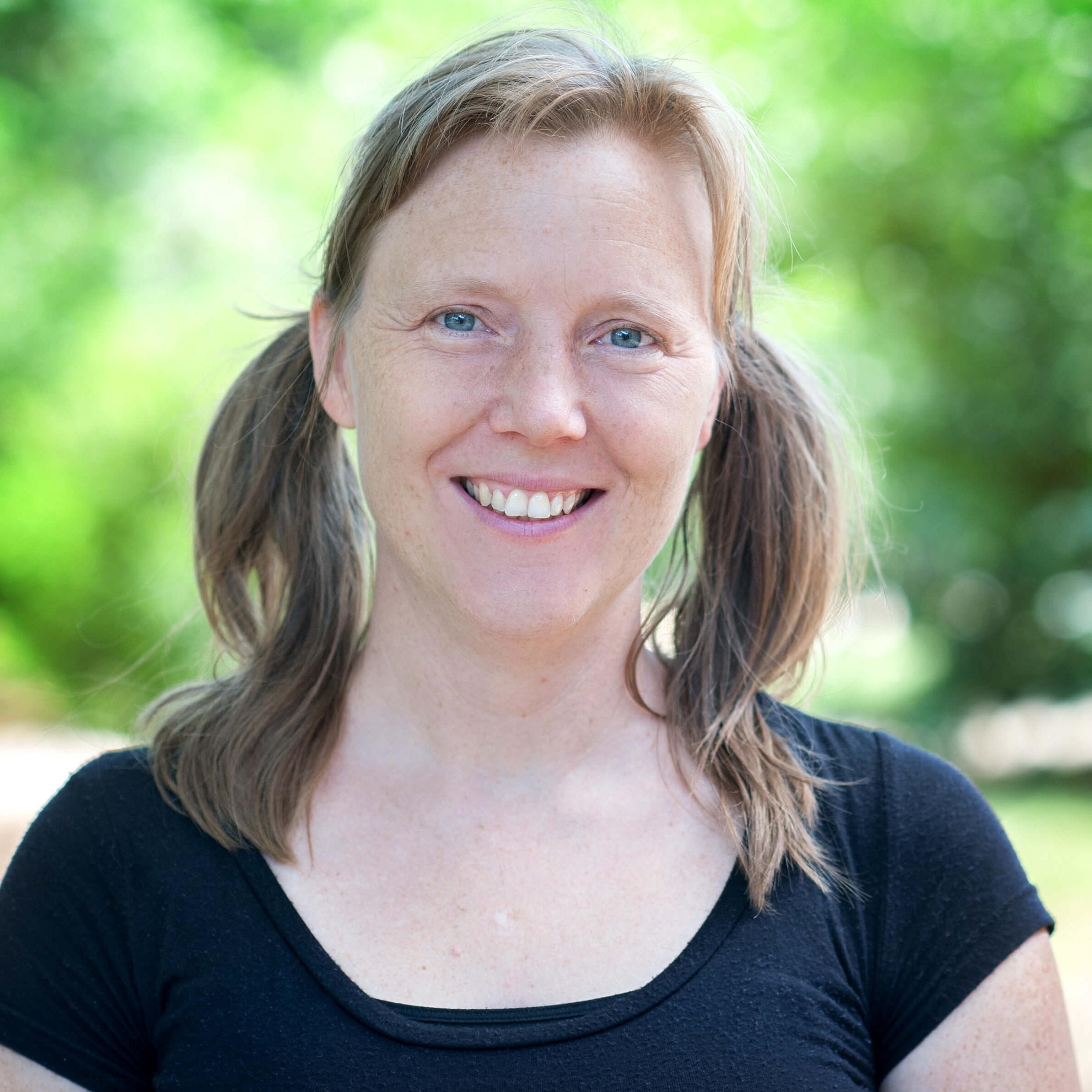 Julia Cordero - Co-Director, Facilitator